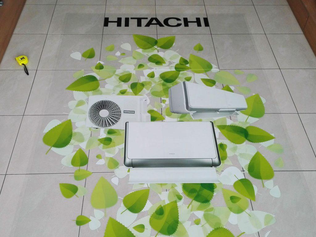 Залепване на стикер на пода + подов ламинат, печат със селективно бяло